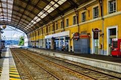 Der alte Bahnhof von Avignon Lizenzfreies Stockfoto