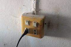 Der alte elektrische Schalter Lizenzfreie Stockbilder