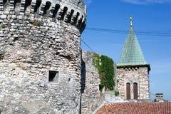 Der alte Festungskontrollturm Stockfotos