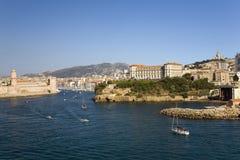 Der alte Hafen der drittgrößten Stadt in Frankreich, Marseille, Provence, Frankreich auf dem Mittelmeer Lizenzfreie Stockbilder