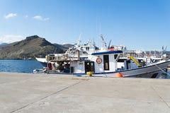 Der alte Hafen im Fischerdorf auf der Insel von Kreta, Griechenland Stockfotografie