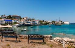 Der alte Hafen in Spetses stockbild