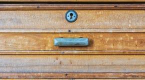Der alte Holzmöbelkasten Lizenzfreie Stockfotografie