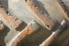 Der alte LKW-Reifen Stockfotos