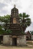 Der alte Pagoden- und Buddha-Status in Thailand Lizenzfreie Stockfotos
