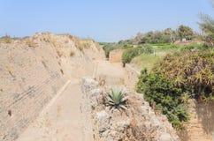 Der alte Park in Caesarea, Israel Ancient-Festung Stockbilder