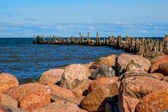 Der alte Pier Engure Lizenzfreies Stockbild