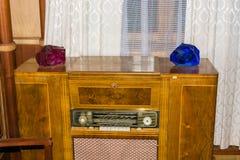 Der alte Radio im ehemaligen Land der sowjetischen Führer (Stal Lizenzfreies Stockfoto
