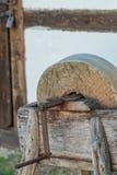 Der alte Schleifstein Lizenzfreie Stockbilder
