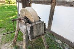 Der alte Schleifstein Lizenzfreies Stockbild