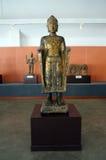 Der alte stehende Buddha Stockfotos