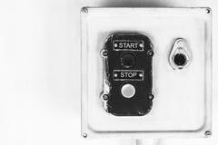 Der alte STOPP-Taste Anfang Lizenzfreie Stockbilder