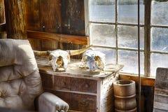 Der alte Stuhl des Großvaters Stockbild