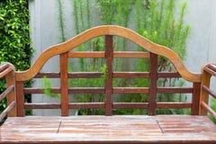 Der alte Stuhl hölzern Lizenzfreie Stockfotografie