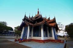 Der alte Tempel auf Myanmar baute eine lange Zeit auf Stockfotos
