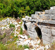 der alte Tempel und das Theater in termessos Antalya-Truthahnasien-Himmel Stockfotos