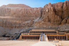 Der alte Tempel von Hatshepsut in Luxor, Ägypten Lizenzfreie Stockfotos