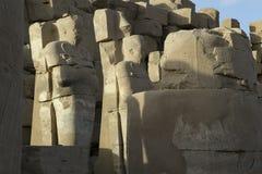 Der alte Tempel von Karnak in Luxor Lizenzfreie Stockbilder