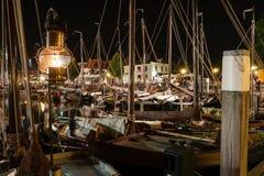 Der alte Tourist verstärkte Stadt in den Niederlanden, genannt Elburg Stockfotografie