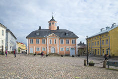 Der alte zentrale Platz in Porvoo finnland Lizenzfreie Stockbilder