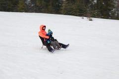 Der Anfang der Skijahreszeit in den Karpaten lizenzfreies stockbild