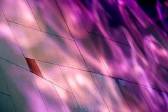 Der Angriff der purpurroten Schatten Stockbild