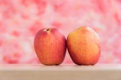 Der Apfel für Diät und das gesund Stockbild