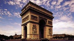 Der Arc de Triomphe Paris stock footage
