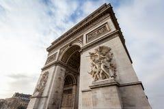 Schließen Sie herauf den Arc de Triomphe in Paris - Frankreich Lizenzfreie Stockfotos