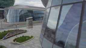 Der Architekturkomplex des neuen Bezirkes der Stadt von Astana stock video footage