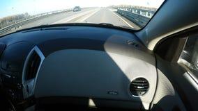 Der Armaturenbrett des Autos mit dem Airbag