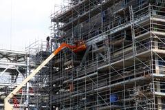 Der Aufbau der Bohrinsel Stockbilder