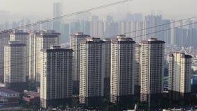 Der Aufstiegszustands-Gebäude der chinesischen Stadt hohe Gesamtlänge noch stock footage