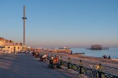 Der Aussichtsturm 360i an Brighton-Strand - BRIGHTON, VEREINIGTES KÖNIGREICH - 27. FEBRUAR 2019 lizenzfreies stockbild