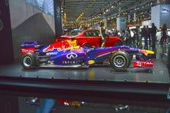 Der Automobil-Salon Vettel, Rikyardo Moskaus roter Stier der Meister internationale Lizenzfreie Stockfotos