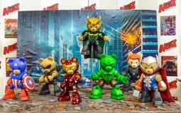 Der Bär Vengers fertigen durch hobbymax in komischem Betrug 2014 Thailands besonders an Stockfotografie
