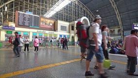 Der Bahnhof in Bangkok stock footage