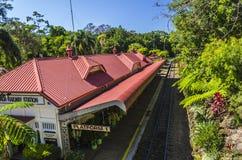 Der Bahnhof von Kuranda stockbilder