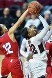 2015 der Basketball NCAA-Frauen - Tempel gegen Staat Delaware Stockbild