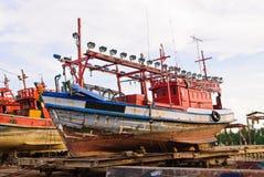 Der Behälter am Dock Stockfoto
