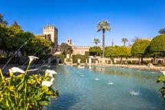 Der berühmte Alcazar mit schönem Garten in Cordoba, Spanien Lizenzfreie Stockbilder