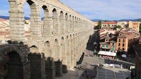 Der berühmte alte Aquädukt in Segovia, Kastilien y Leon, Spanien stock footage