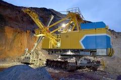 Der Bergbaubagger ist bereit, im Gesicht zu arbeiten Stockbild