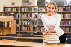 In der Bibliothek Lizenzfreies Stockfoto
