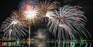 Der Biwa-See Feuerwerke in Otsu, Shiga, Japan Stockbild