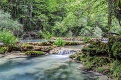 Der blaue Fluss Stockfoto