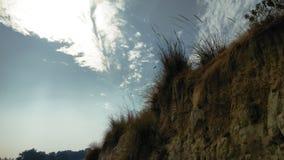 Der blaue Himmel und die Landschaft stockfotos