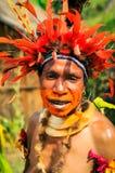 Der Blick der Frau in Papua-Neu-Guinea Stockbild