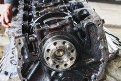 Der Block für reparierte die Maschine des LKWs Lizenzfreie Stockfotografie