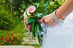Der Blumenstrauß der Braut Stockbild